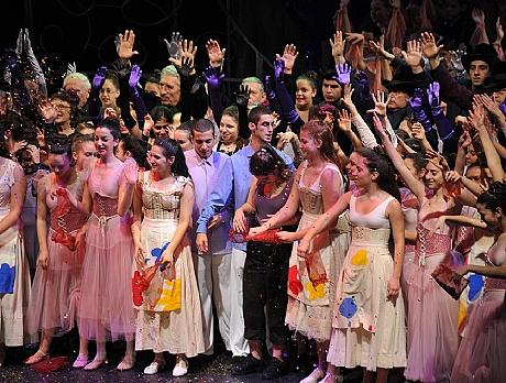 אופרה בקהילה